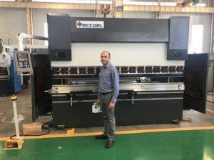 Masina de testare a clienților din Iran în fabrica noastră 1