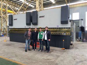 Clienții din Vietnam vizitează Fabrica noastră